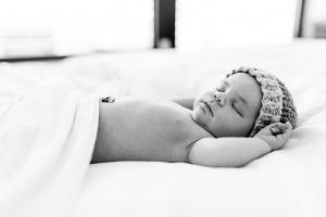 lizzily-neugeborenenfoto-karlsruhe